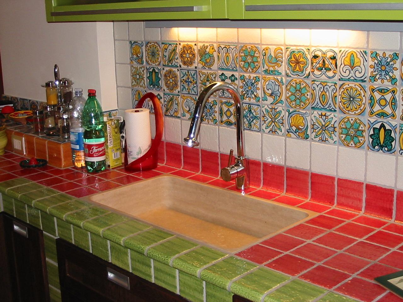 Piastrelle cucina siciliane come può essere realizzata la messa