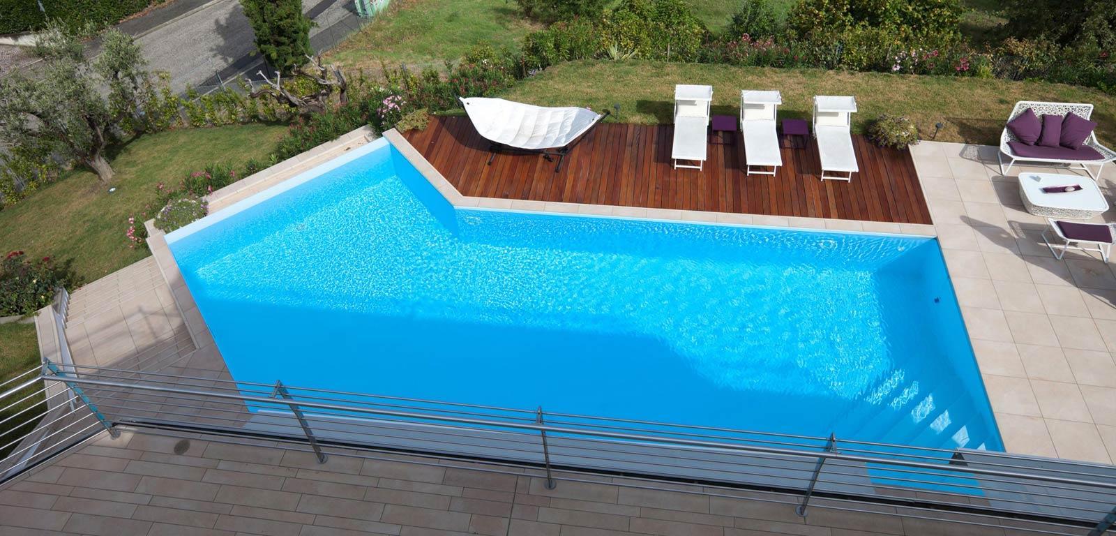piscine di design lattanzi e silenzi. Black Bedroom Furniture Sets. Home Design Ideas